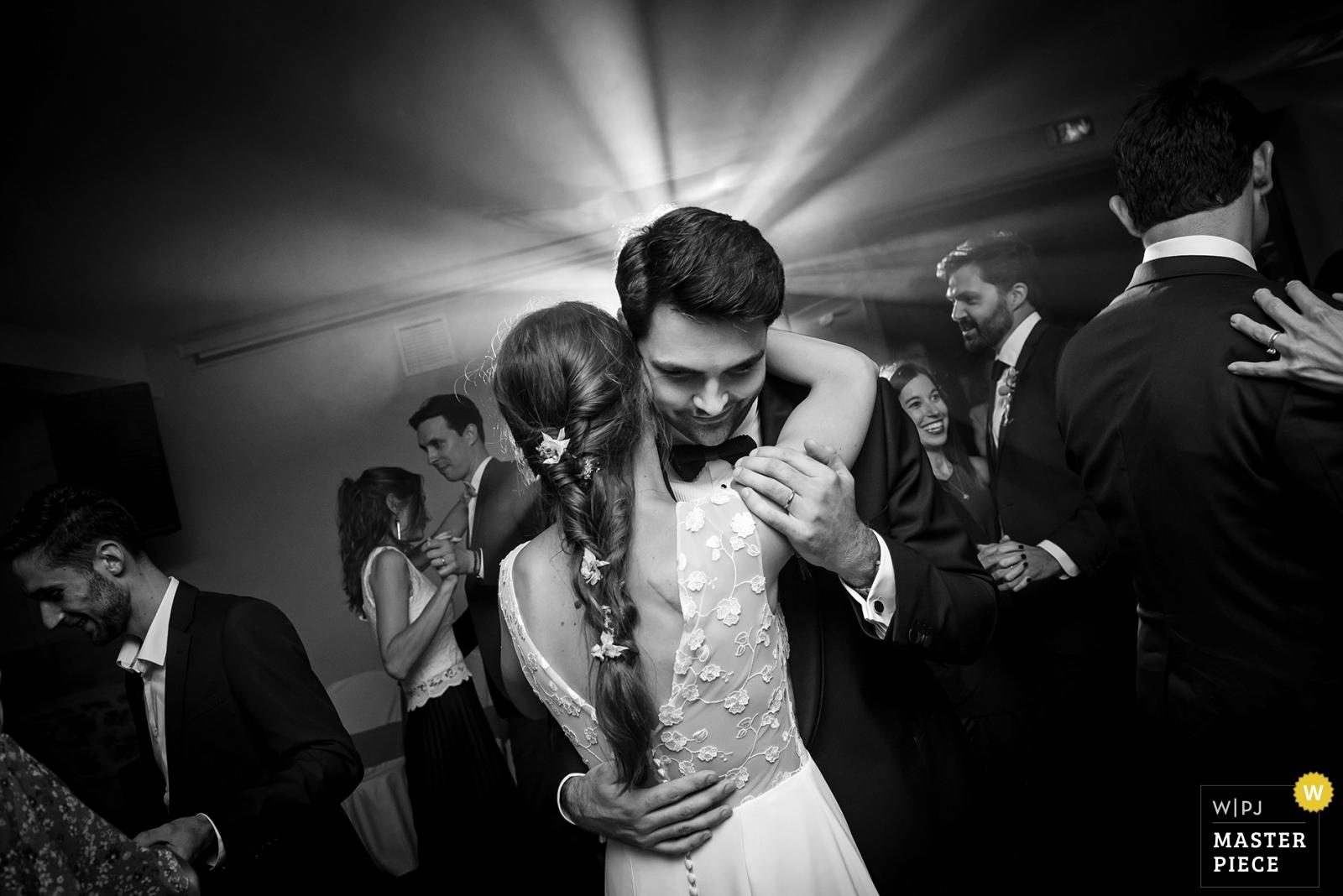 FINAL EMBRACE OF FIRST DANCE - Vertou, Nantes Wedding Photography -  | CHATEAU DE VAIR, NEAR ANCENIS, LOIRE VALLEY