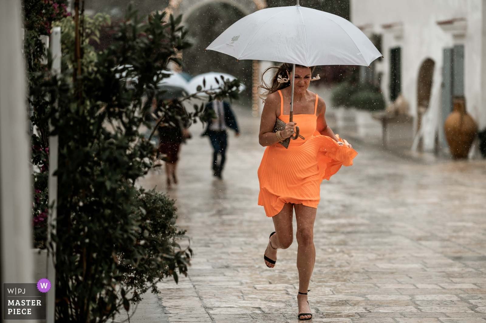 race in the rain - Taranto, Apulia Wedding Photography -  | Before the ceremony