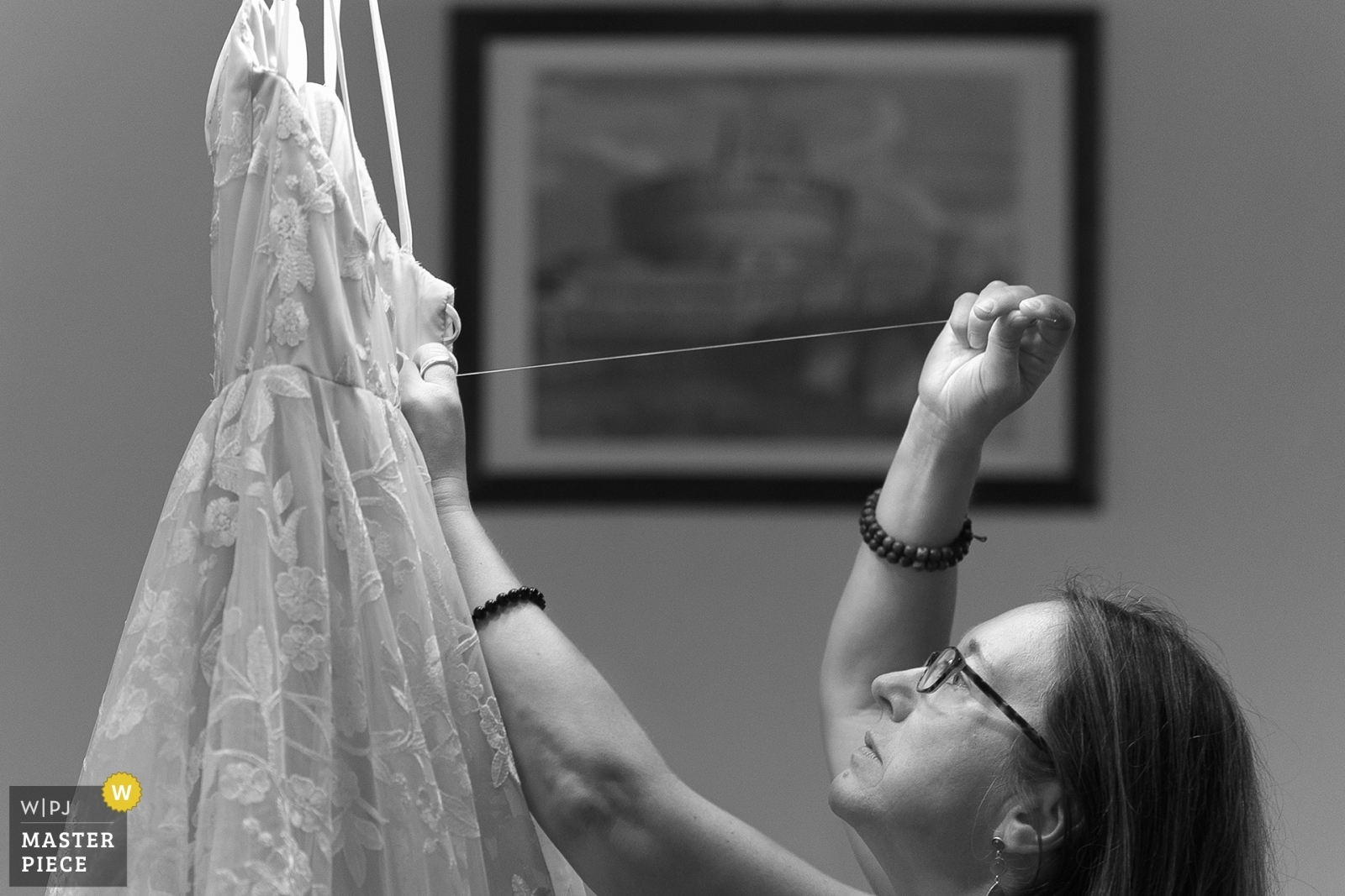 bride's mom repairing the dress at last moment - Arezzo, Tuscany Wedding Photography -  | Ceremony Location