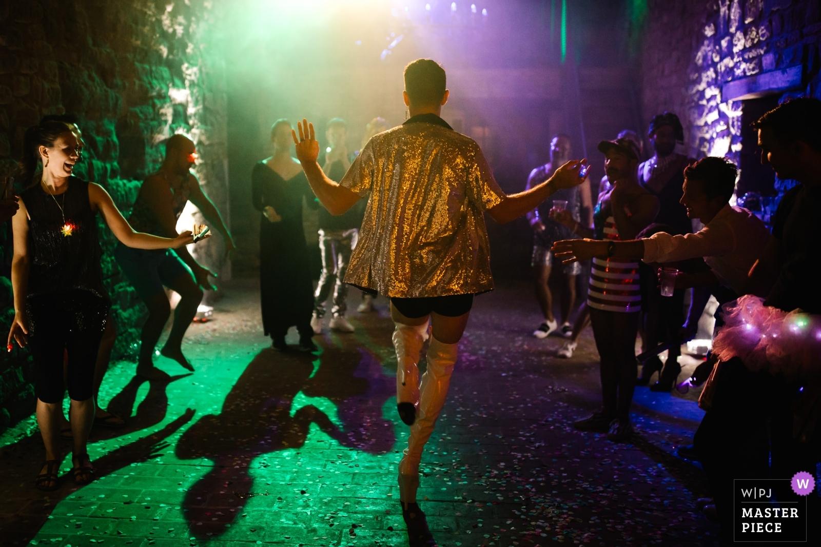 Wedding guests dancing - Portofino, Genoa Wedding Photography -  | Castello di Rosciano, Umbria, Italy