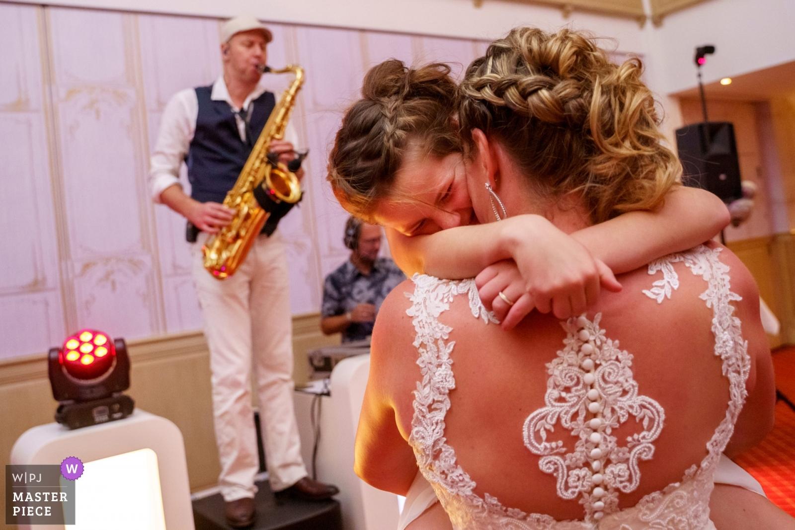 Dancing - Overijssel, Netherlands Wedding Photography -    Lattrop - De Holtweijde