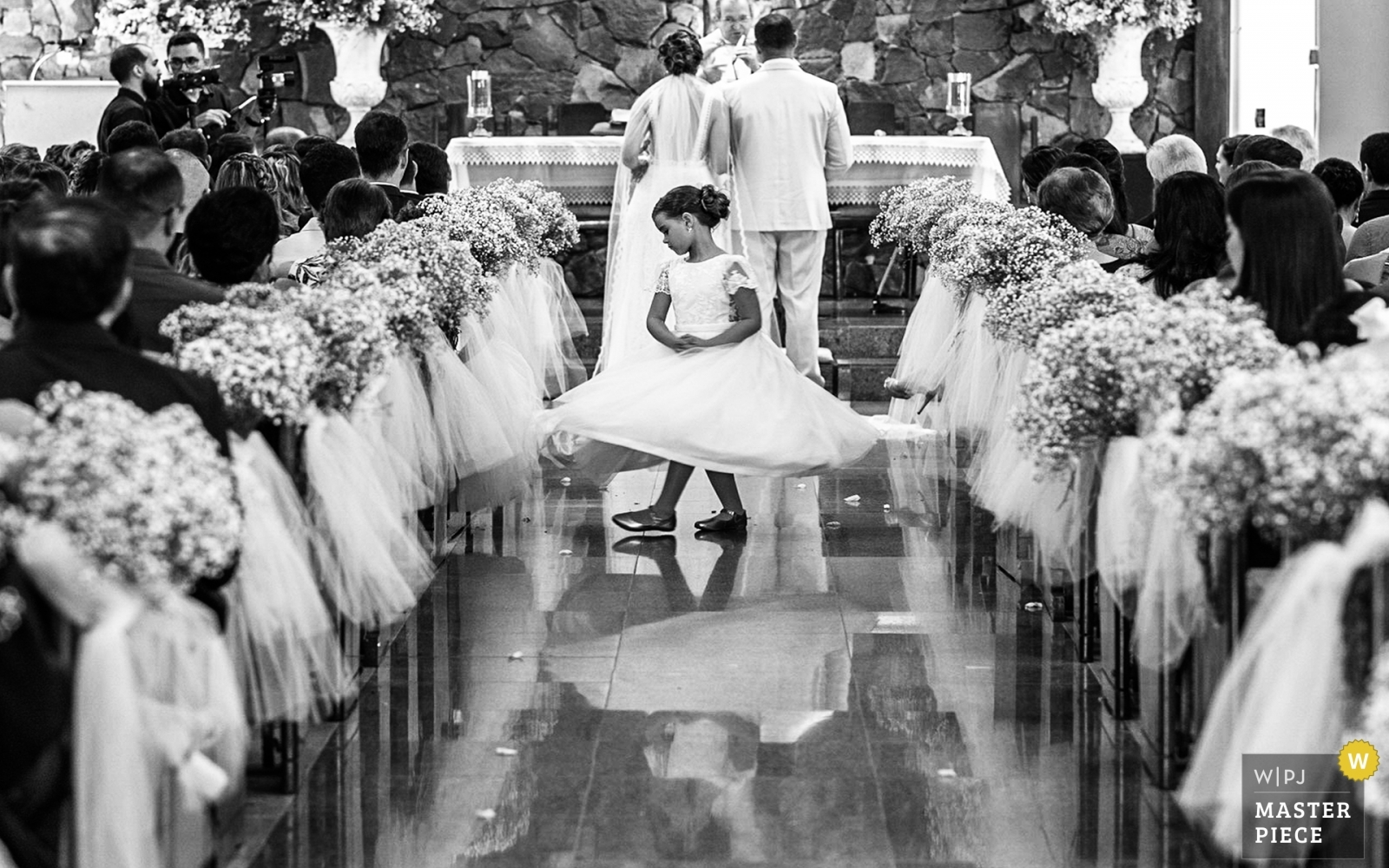 dancing girl - Alagoas, Brazil Wedding Photography -  | ceremony
