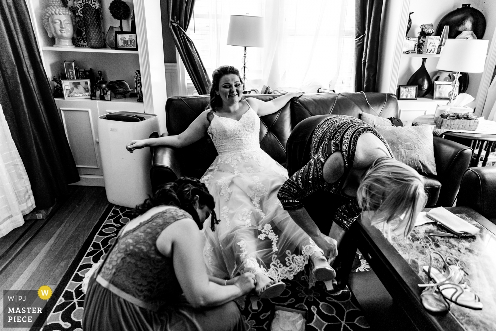 Bride getting ready - New York - Long Island, United States Wedding Photography -  | home