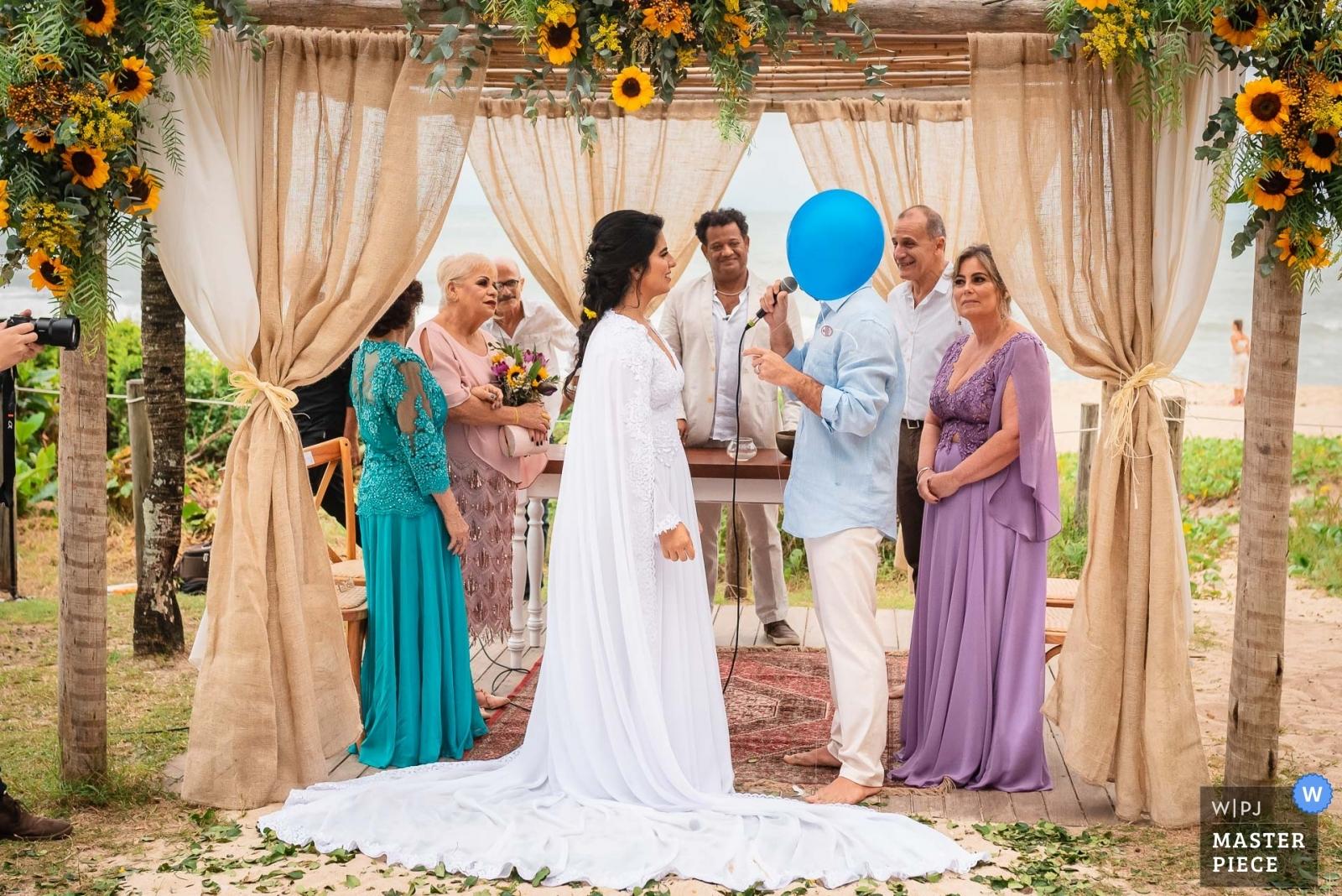 The blue-headed groom. - Rio de Janeiro, Brazil Wedding Photography -  | Grumari Beach Garden - Rio de Janeiro - Brazil