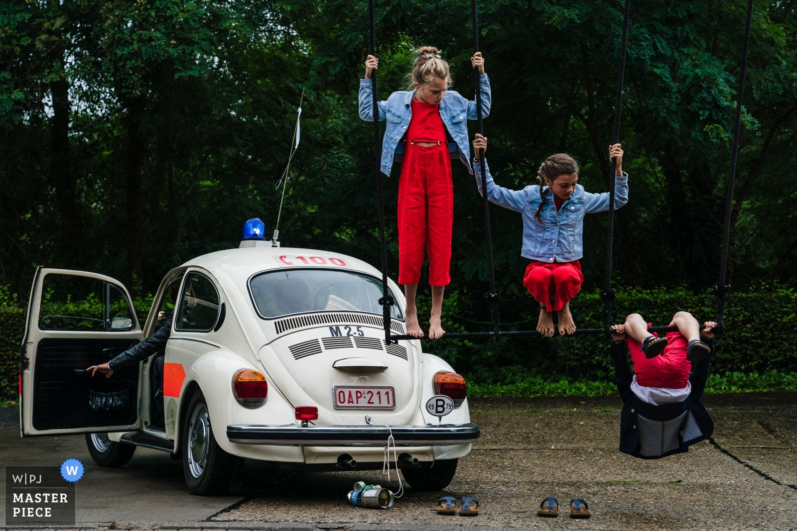 Circus for the win! - Vlaams-Brabant, Flanders Wedding Photography -    Grez Doiceau