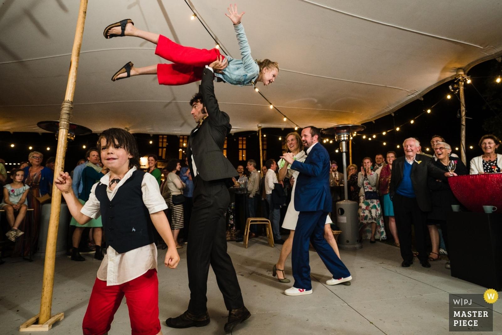 Flying Kids - Vlaams-Brabant, Flanders Wedding Photography -    Grez Doiceau