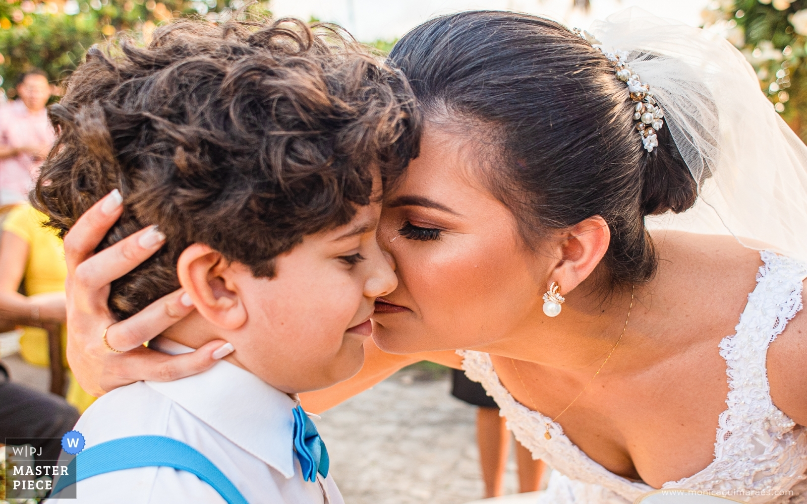 Emotion to receive the rings - Alagoas, Brazil Wedding Photography -  | Ceremony