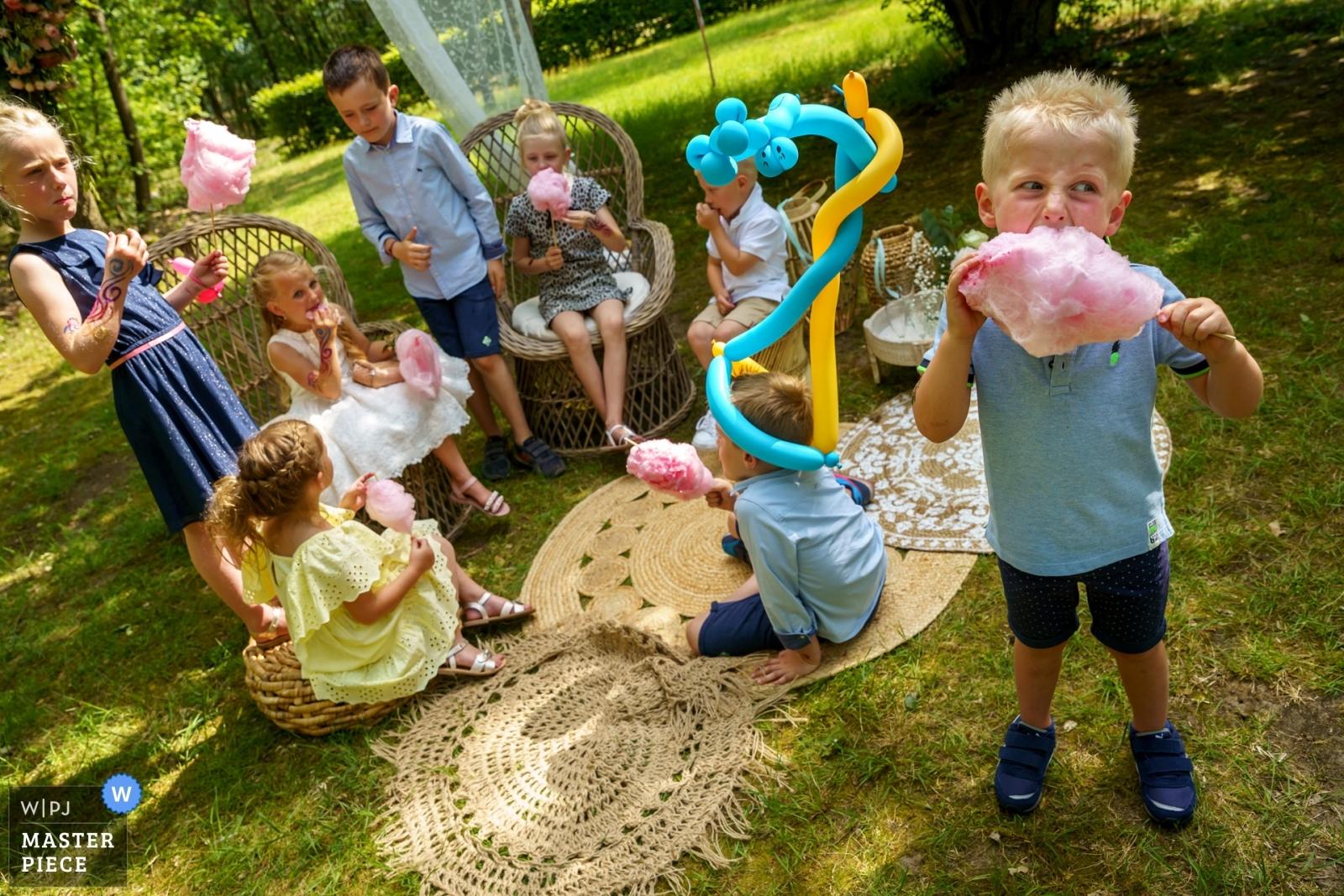 candy cotton joy - Overijssel, Netherlands Wedding Photography -    De Lutte, Jan Wesselinkhoes