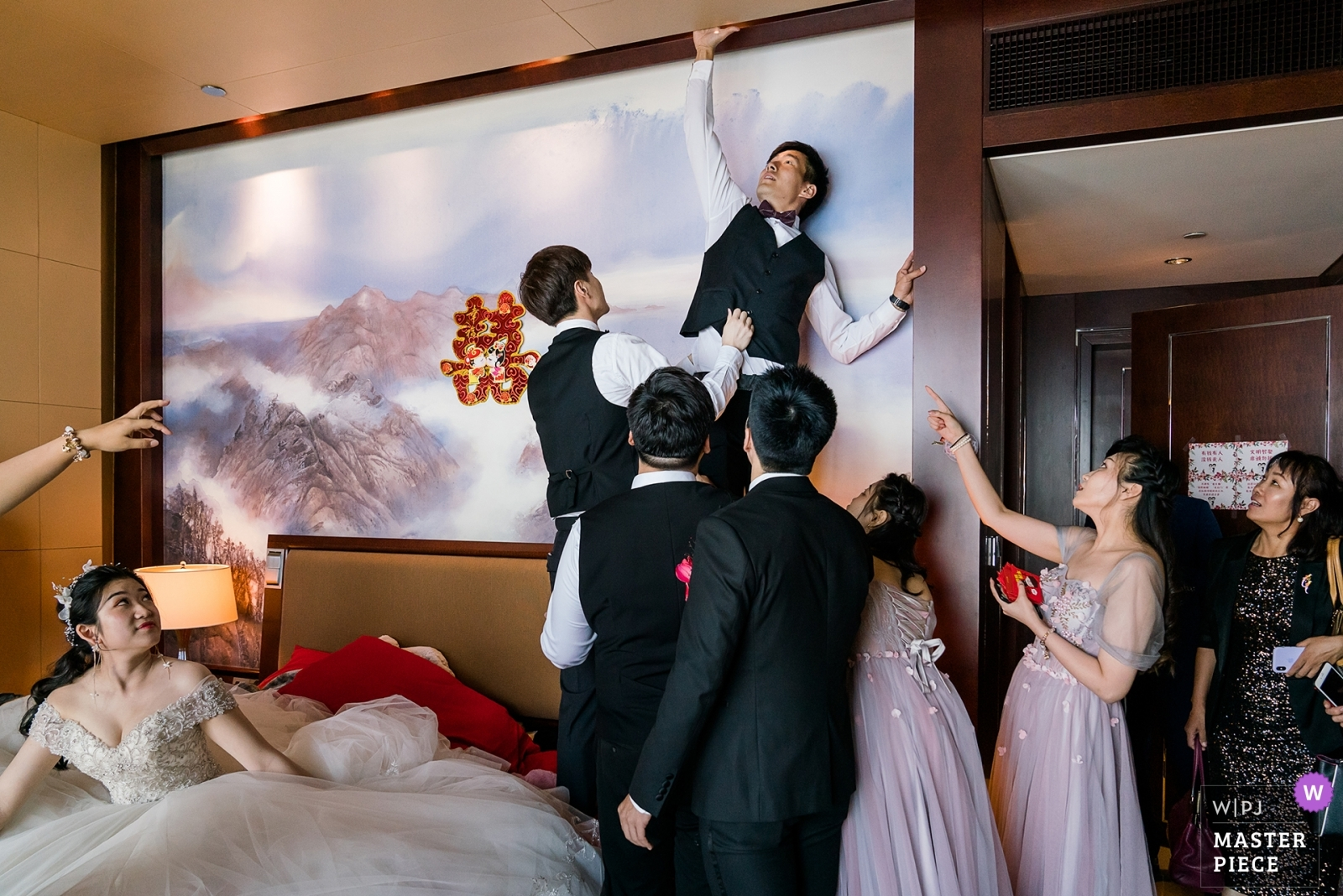Looking for the bride's shoes - Beijing, China Wedding Photography -  | Beijing Shangri-La China World Summit Wing